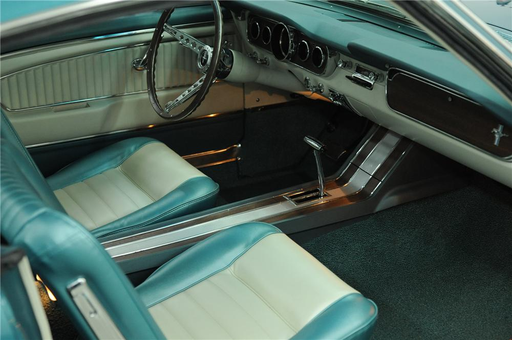1965 FORD MUSTANG FASTBACK - Interior - 118036