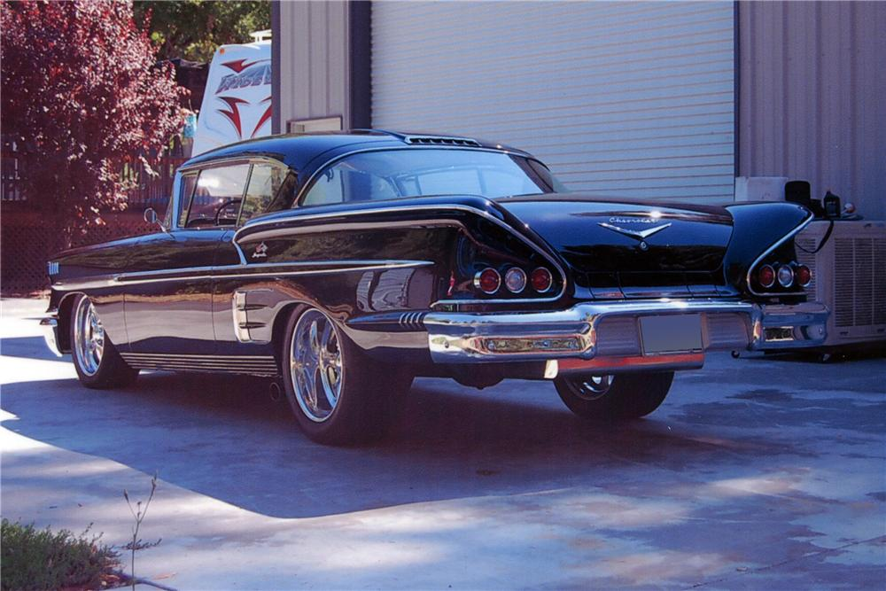 1958 CHEVROLET IMPALA 2 DOOR HARDTOP - Rear 3/4 - 118142