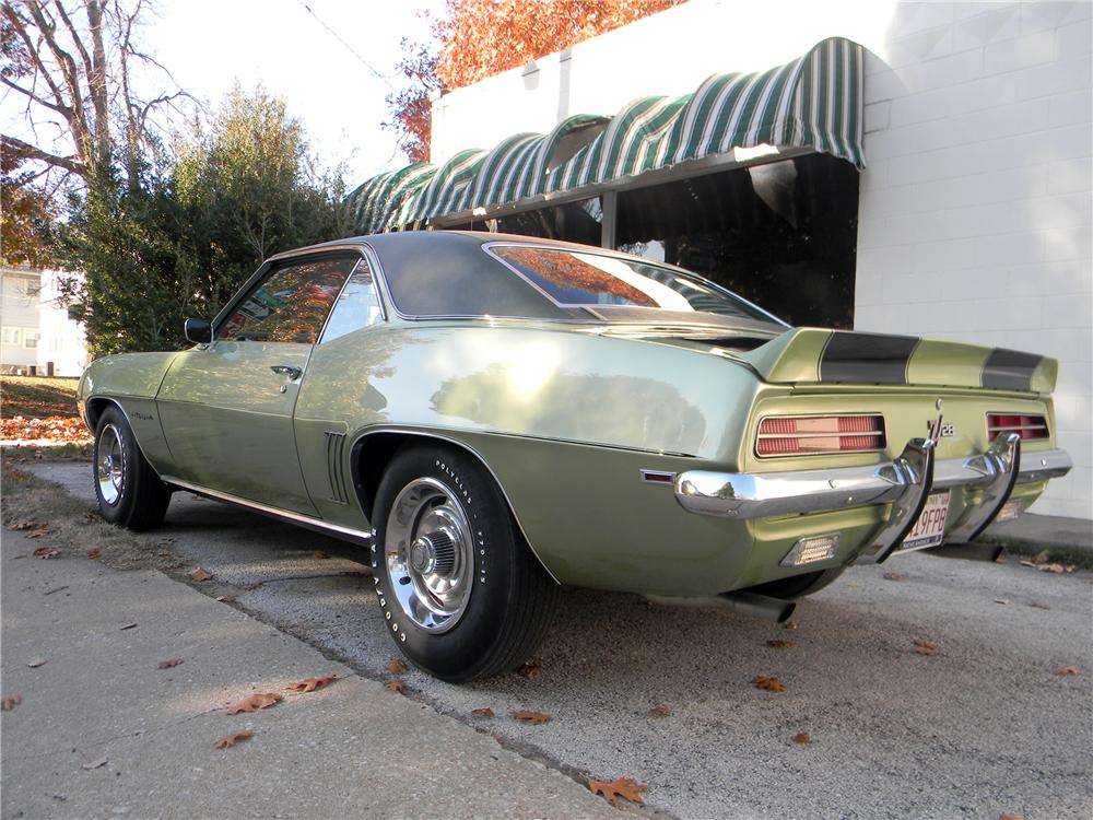 1969 CHEVROLET CAMARO Z/28 RS 2 DOOR COUPE - Rear 3/4 - 125062