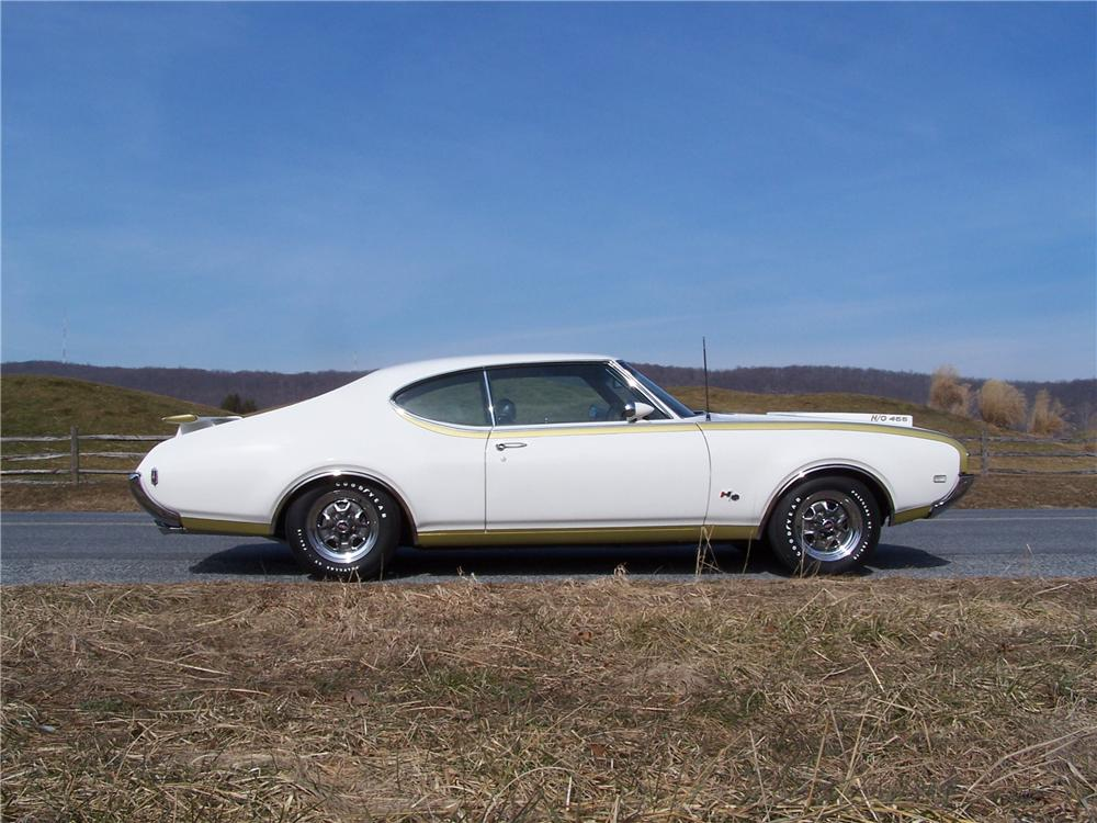1969 OLDSMOBILE HURST 2 DOOR COUPE - Side Profile - 125070