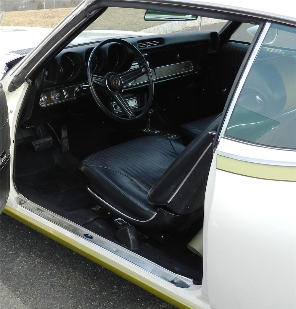 1969 OLDSMOBILE HURST 2 DOOR COUPE - Interior - 125071