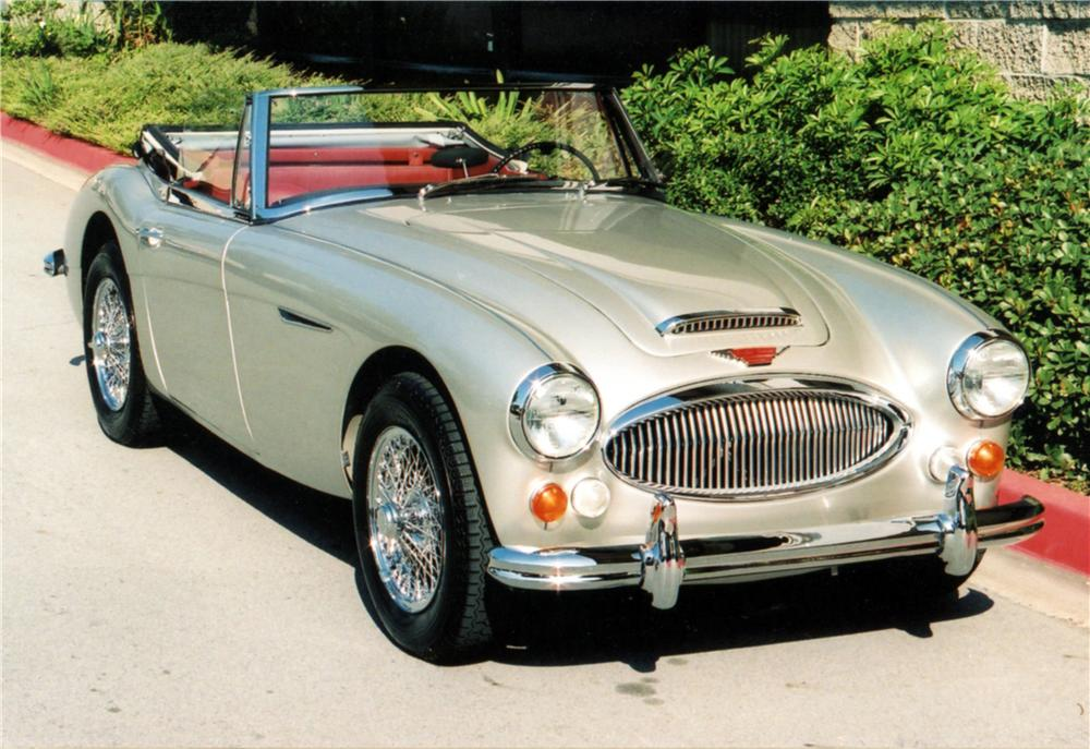 1967 AUSTIN-HEALEY 3000 MARK III BJ8 CONVERTIBLE - Front 3/4 - 125076