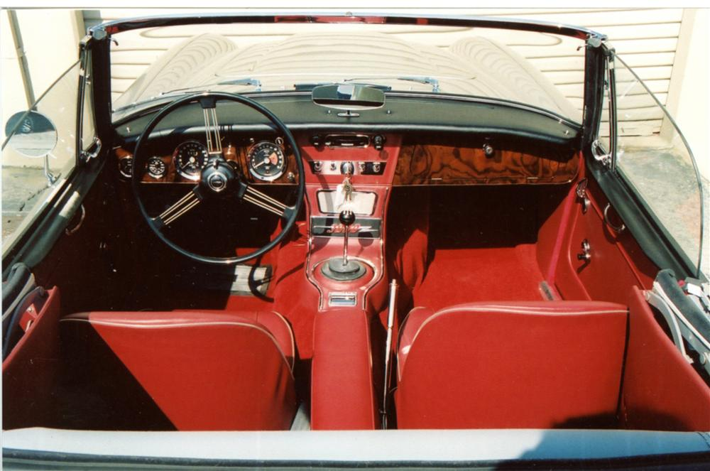 1967 AUSTIN-HEALEY 3000 MARK III BJ8 CONVERTIBLE - Interior - 125076