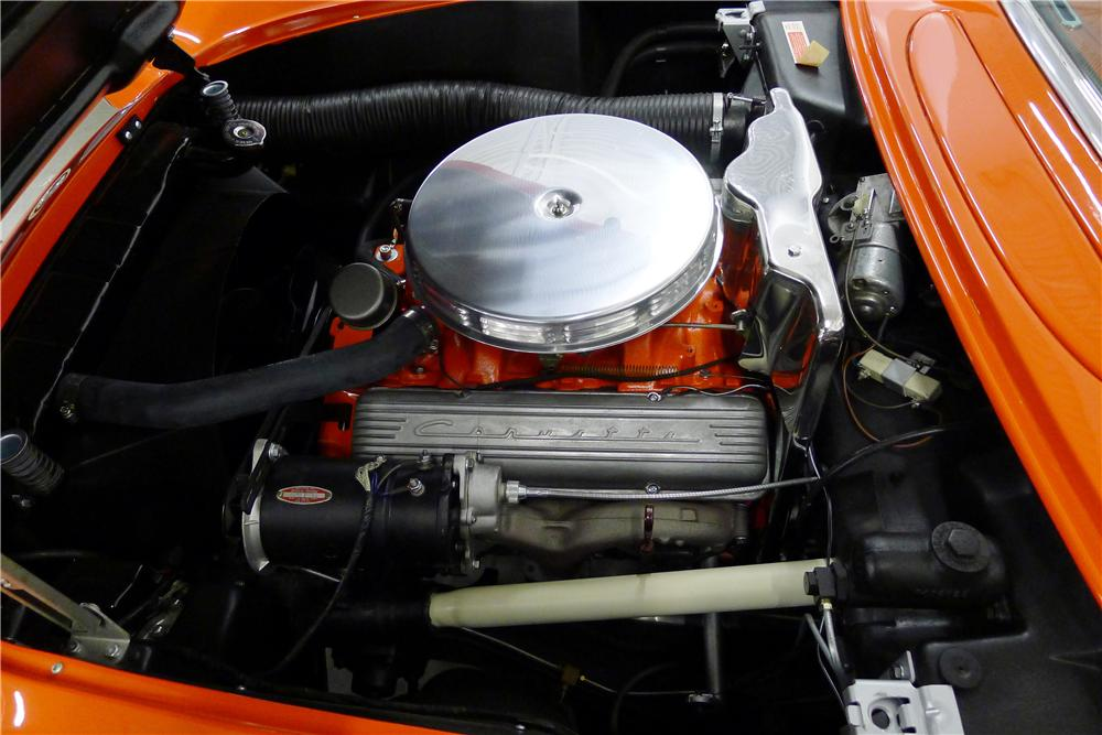 1957 CHEVROLET CORVETTE CONVERTIBLE - Engine - 125093