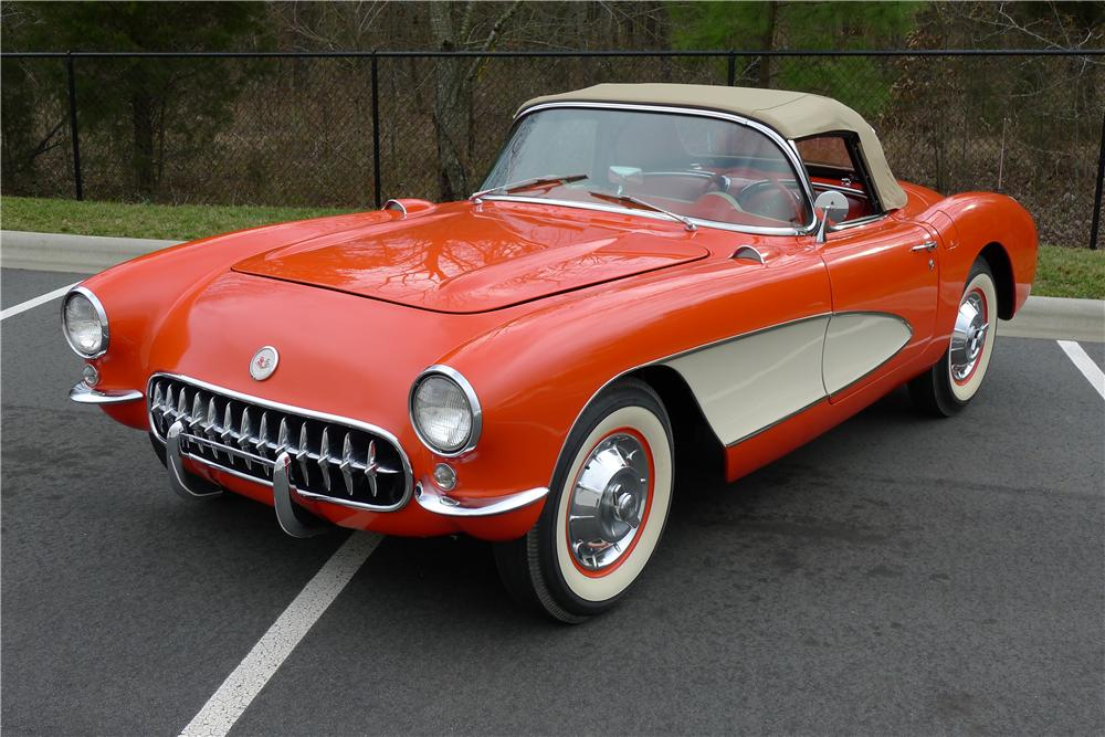 1957 CHEVROLET CORVETTE CONVERTIBLE - Front 3/4 - 125093