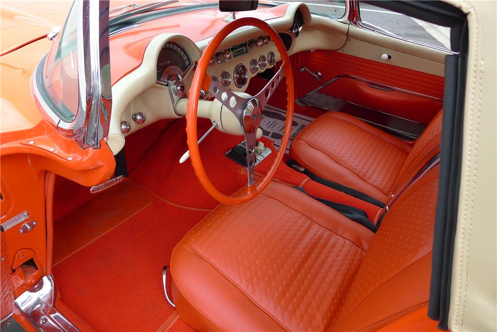 1957 CHEVROLET CORVETTE CONVERTIBLE - Interior - 125093