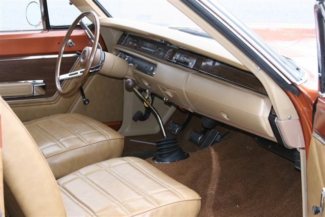 1969 PLYMOUTH GTX 2 DOOR HARDTOP - Interior - 125104