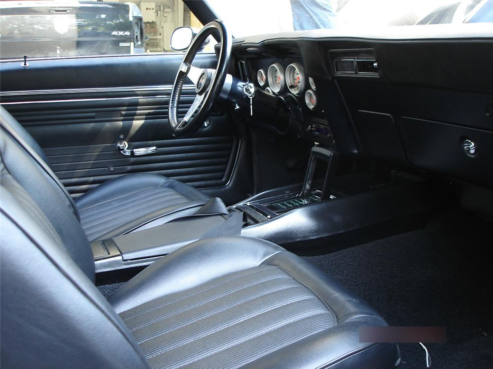 1969 CHEVROLET CAMARO CUSTOM 2 DOOR HARDTOP - Interior - 125120