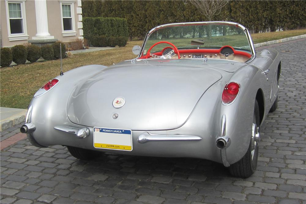 1957 CHEVROLET CORVETTE CONVERTIBLE - Rear 3/4 - 125127