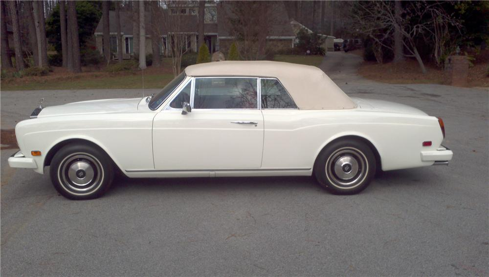 1979 ROLLS-ROYCE CORNICHE CONVERTIBLE - Side Profile - 125128