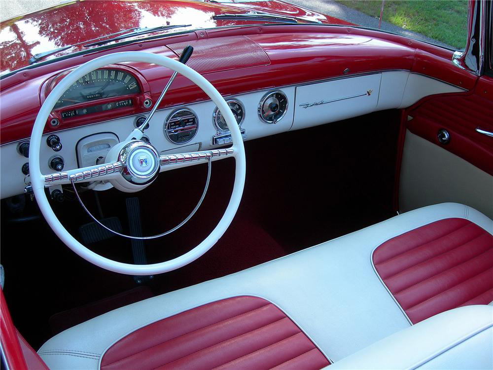 1955 FORD SUNLINER CONVERTIBLE - Interior - 125131