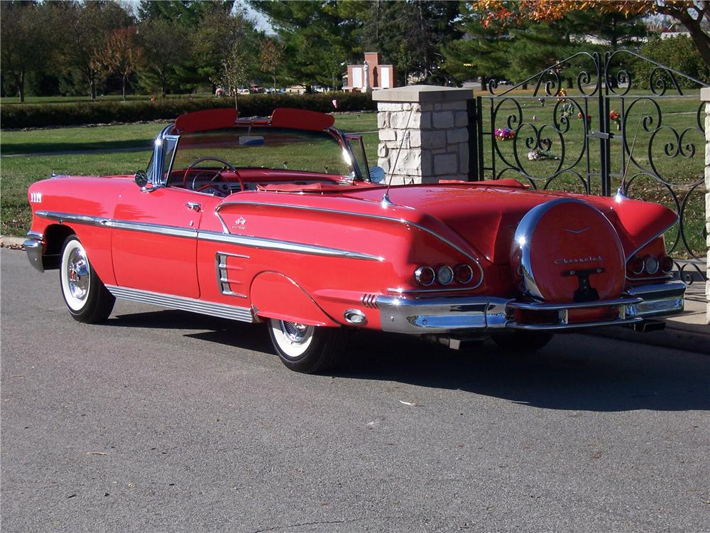 1958 CHEVROLET IMPALA CONVERTIBLE - Rear 3/4 - 125135
