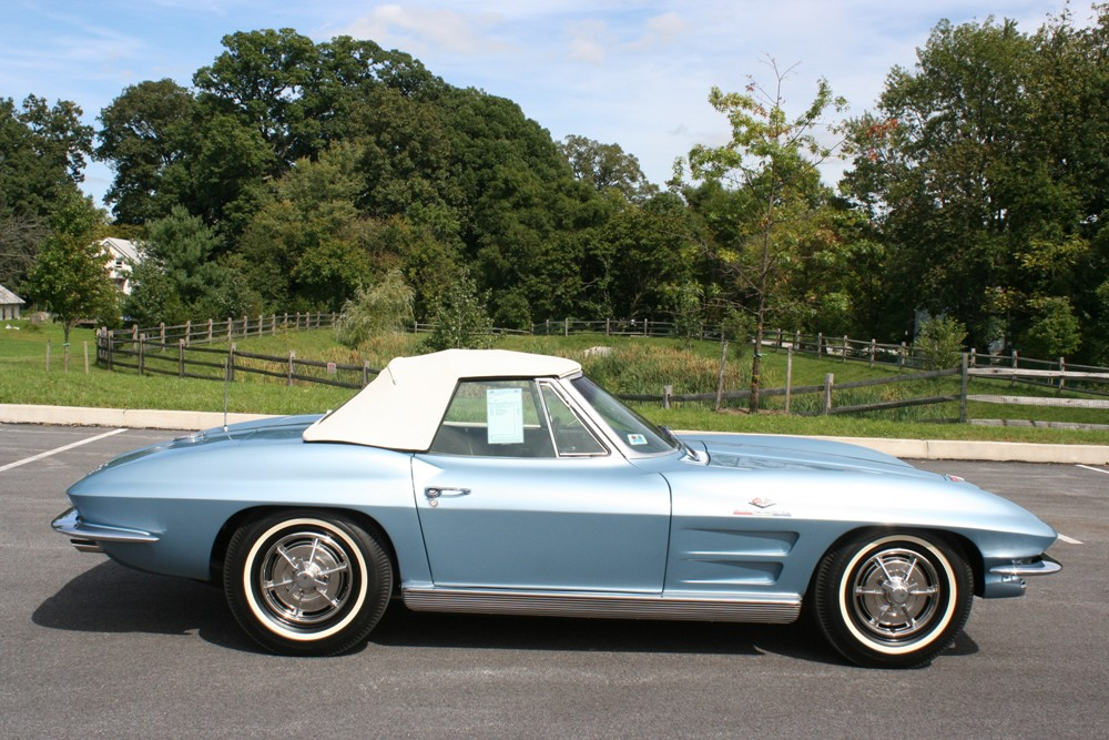 1963 CHEVROLET CORVETTE CONVERTIBLE - Side Profile - 125140