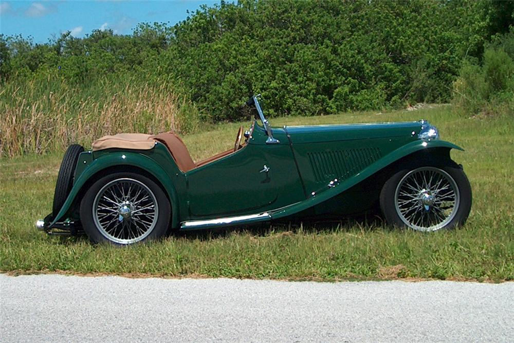 1949 MG TC CONVERTIBLE - Front 3/4 - 125154