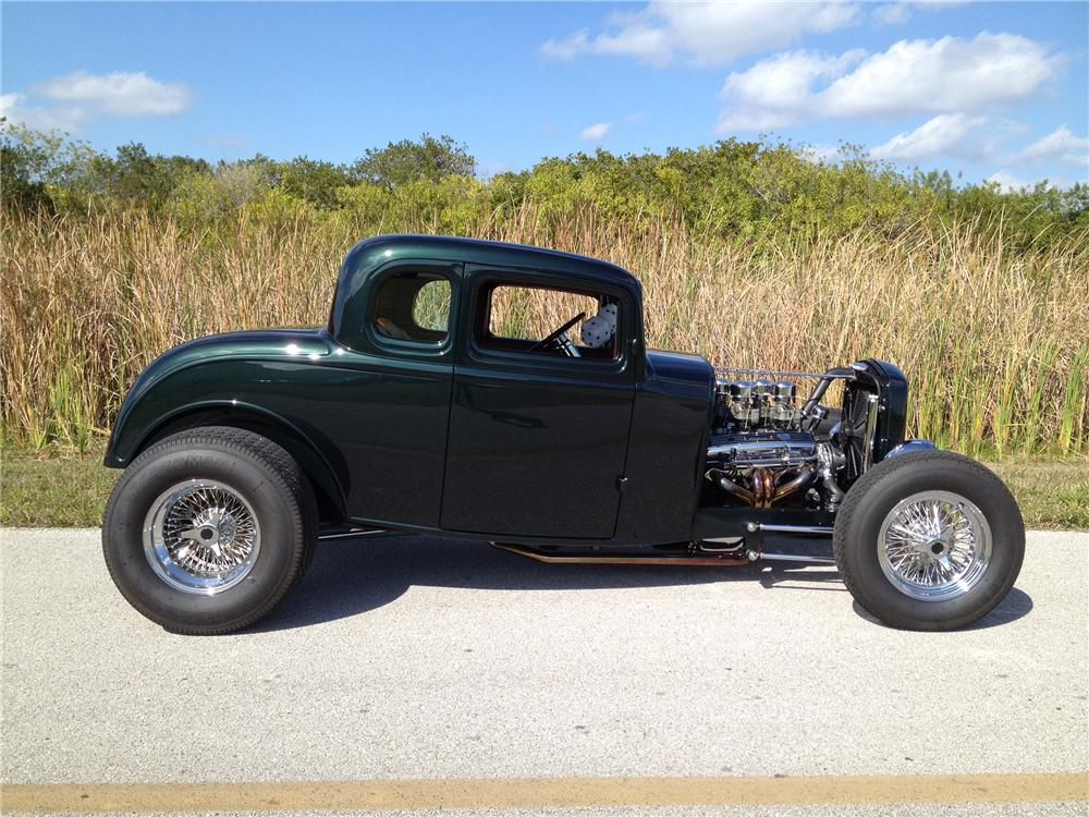 1932 FORD 5 WINDOW CUSTOM COUPE - Side Profile - 125155