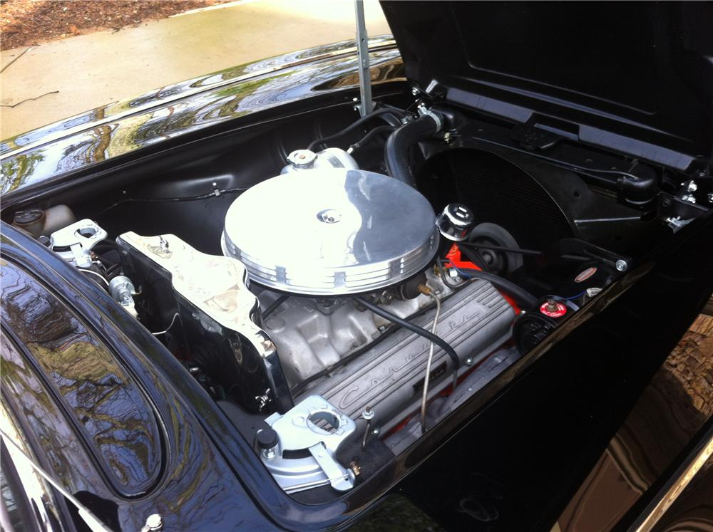 1962 CHEVROLET CORVETTE CONVERTIBLE - Engine - 125165