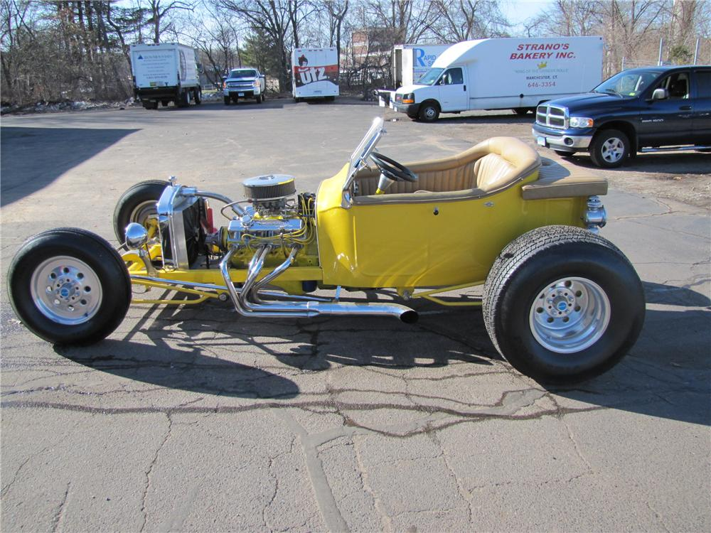 1923 FORD T-BUCKET CUSTOM ROADSTER - Side Profile - 125177
