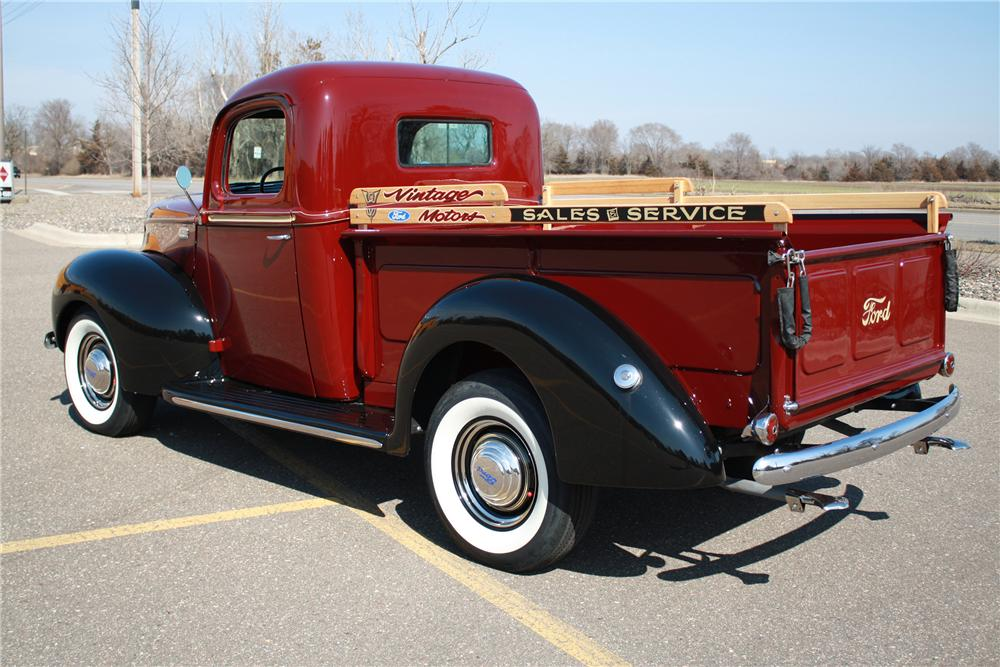 1941 FORD 1/2 TON CUSTOM PICKUP - Rear 3/4 - 125180