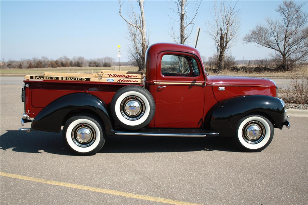 1941 FORD 1/2 TON CUSTOM PICKUP - Side Profile - 125180