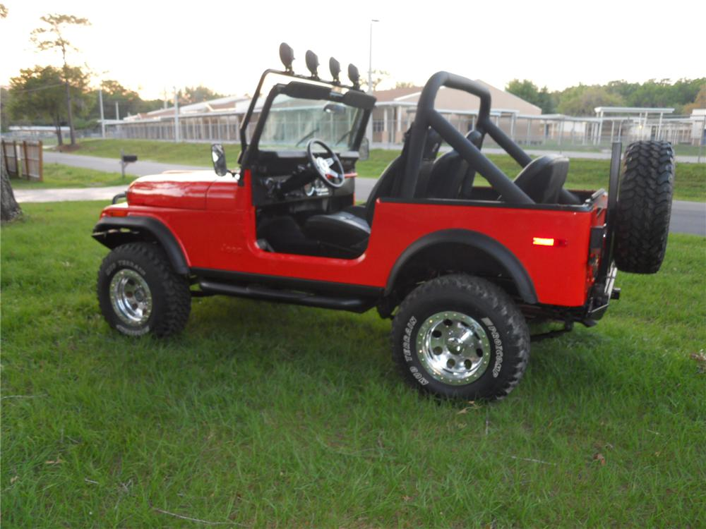1979 JEEP CJ-7 CUSTOM SUV - Rear 3/4 - 125181