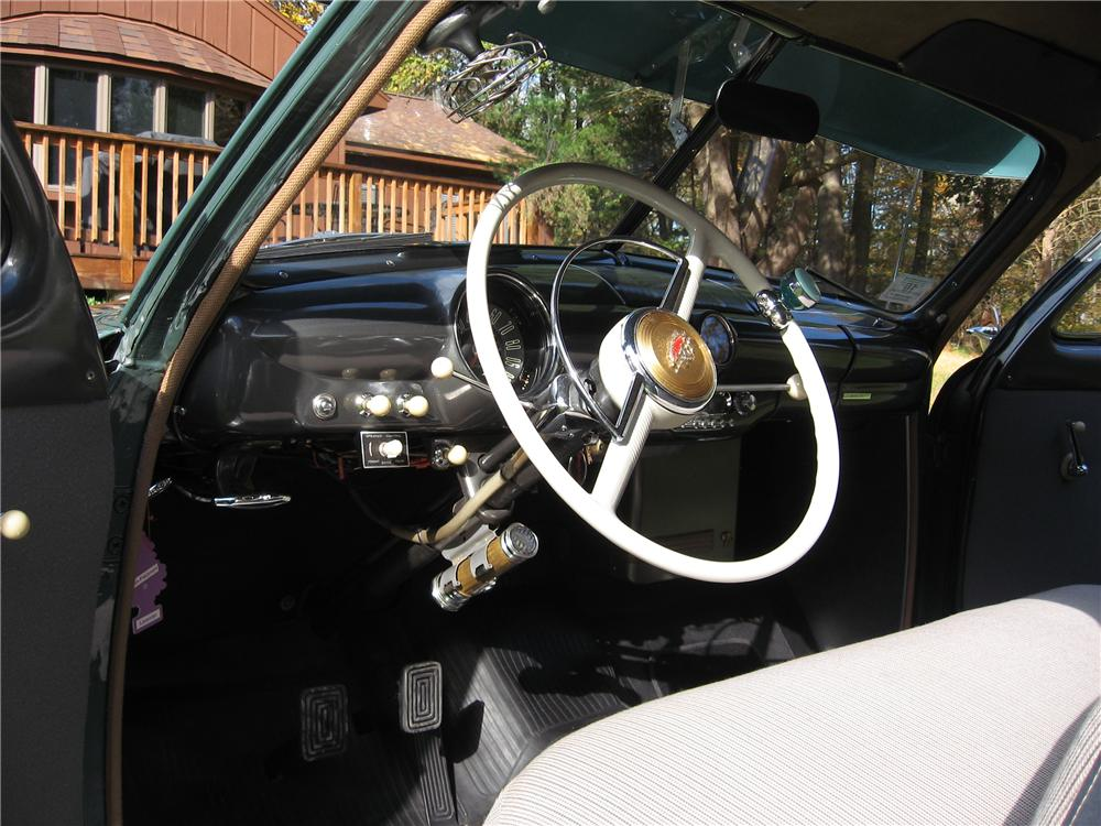 1949 FORD 2 DOOR COUPE - Interior - 125183
