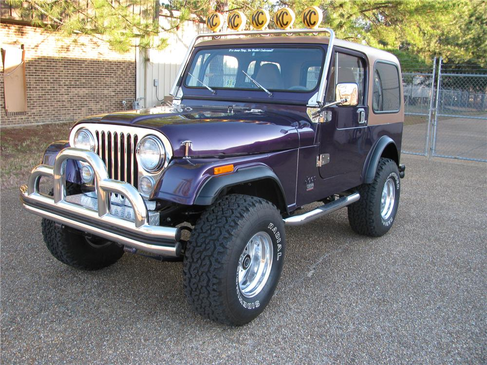 1980 JEEP CJ-7 CUSTOM SUV - Front 3/4 - 125186