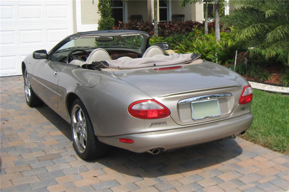 1997 JAGUAR XK8 CONVERTIBLE - Rear 3/4 - 125187