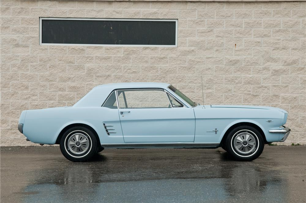 1966 FORD MUSTANG 2 DOOR COUPE - Side Profile - 125192