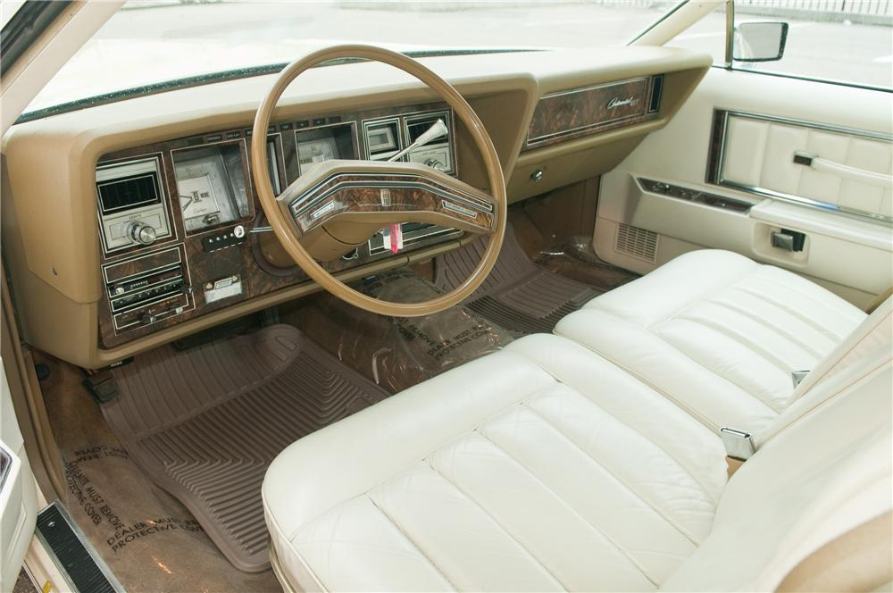 1979 LINCOLN CONTINENTAL MARK V 2 DOOR HARDTOP - Interior - 125193
