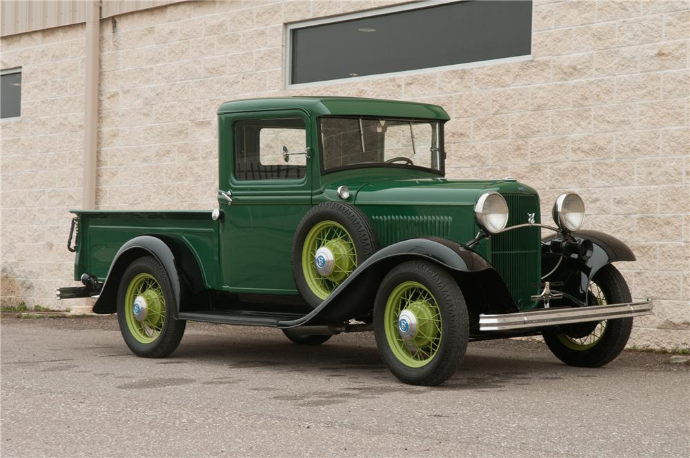 1932 FORD MODEL B PICKUP - Front 3/4 - 125208