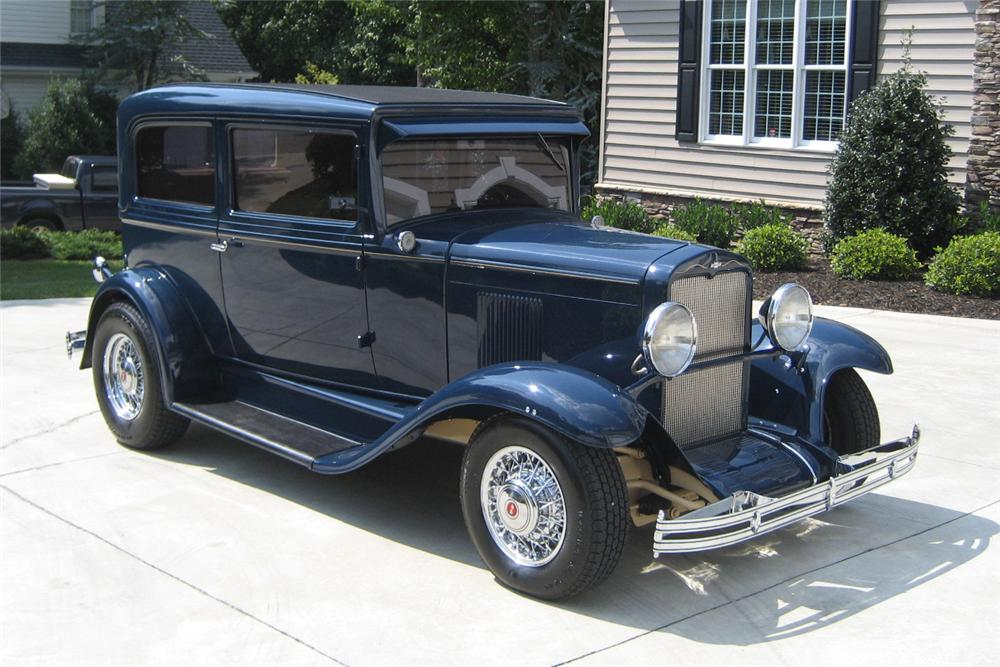 1930 CHEVROLET CUSTOM 2 DOOR COUPE - Front 3/4 - 125212