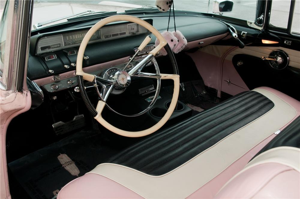 1957 LINCOLN PREMIERE CONVERTIBLE - Interior - 125223