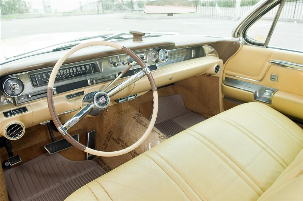 1962 CADILLAC SERIES 62 CONVERTIBLE - Interior - 125226