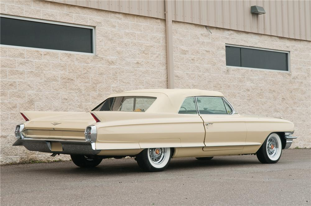 1962 CADILLAC SERIES 62 CONVERTIBLE - Rear 3/4 - 125226