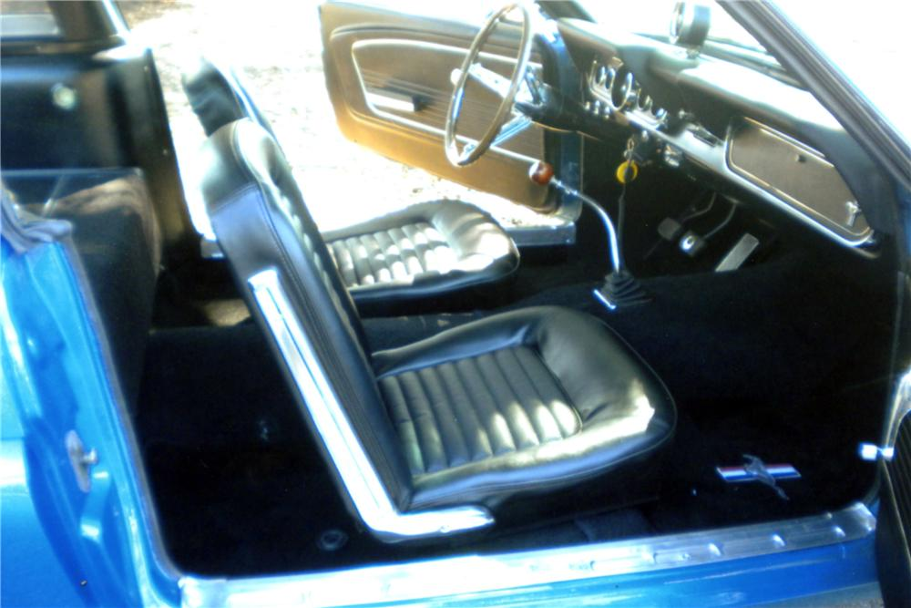 1966 SHELBY GT350 FASTBACK - Interior - 125233