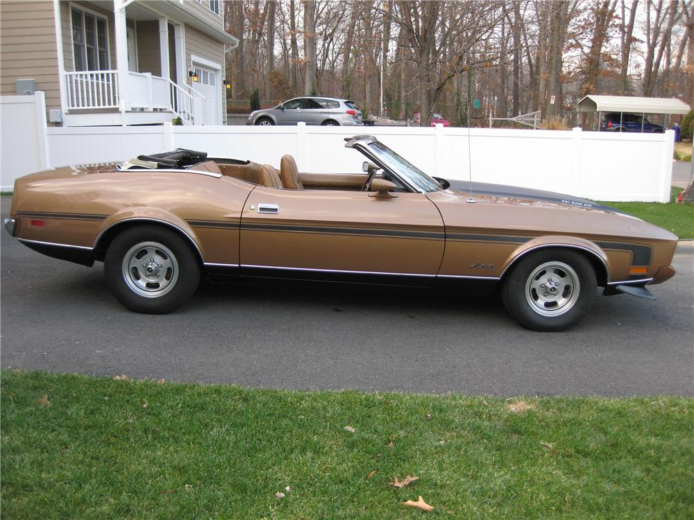 1973 FORD MUSTANG CONVERTIBLE - Side Profile - 125247
