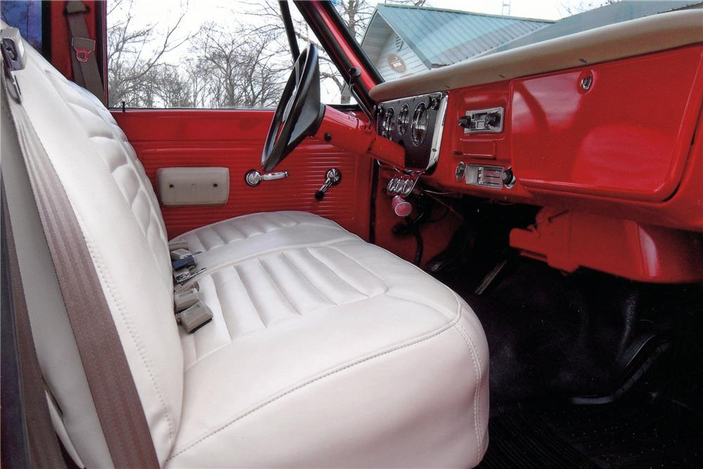 1970 CHEVROLET K10 CUSTOM PICKUP - Interior - 125248