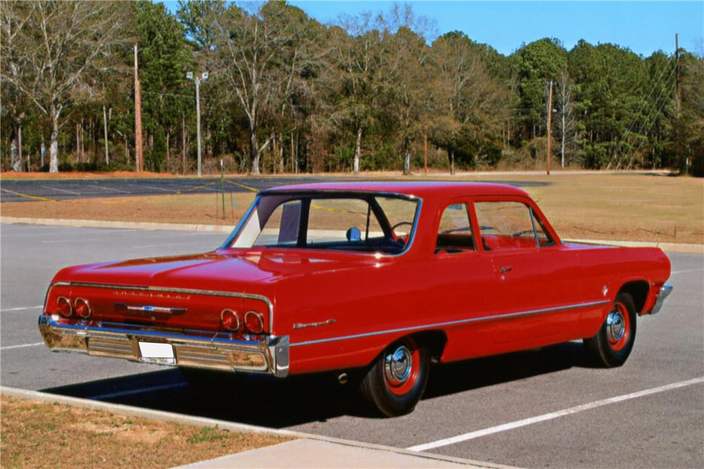 1964 CHEVROLET BISCAYNE 2 DOOR SEDAN - Rear 3/4 - 125250