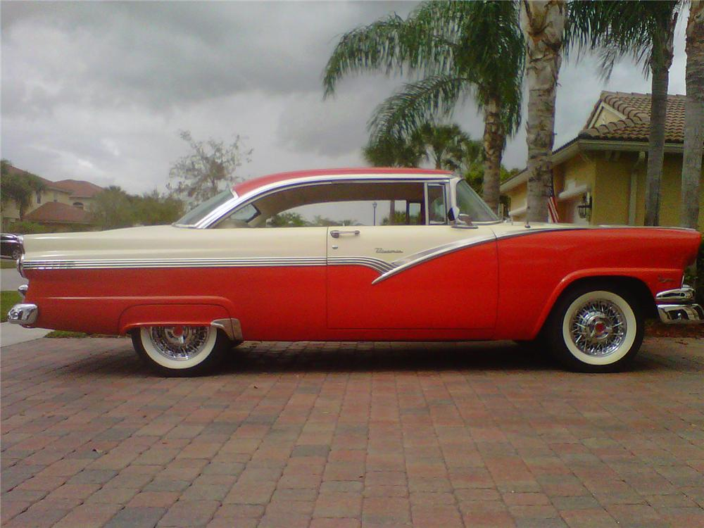 1956 FORD VICTORIA 2 DOOR HARDTOP - Side Profile - 125267