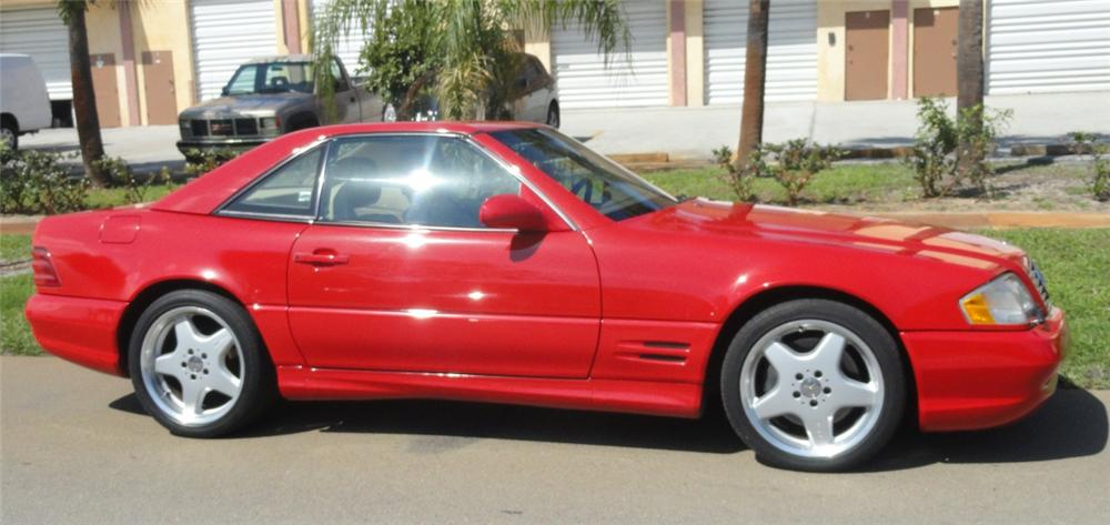 2001 MERCEDES-BENZ SL500 CONVERTIBLE - Side Profile - 125272