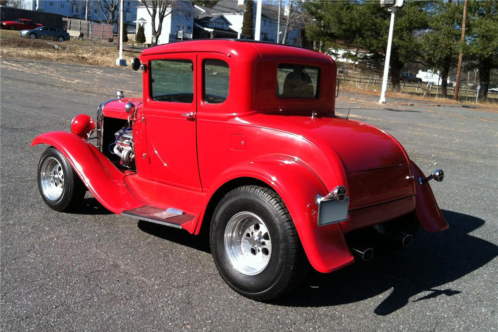 1932 ford 5 window 2 door coupe 125276 for 1932 ford four door
