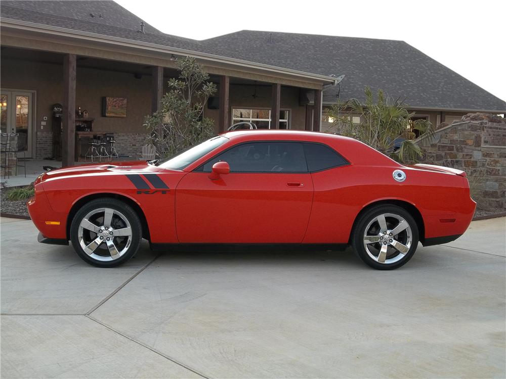 2009 DODGE CHALLENGER R/T 2 DOOR COUPE - Side Profile - 125299