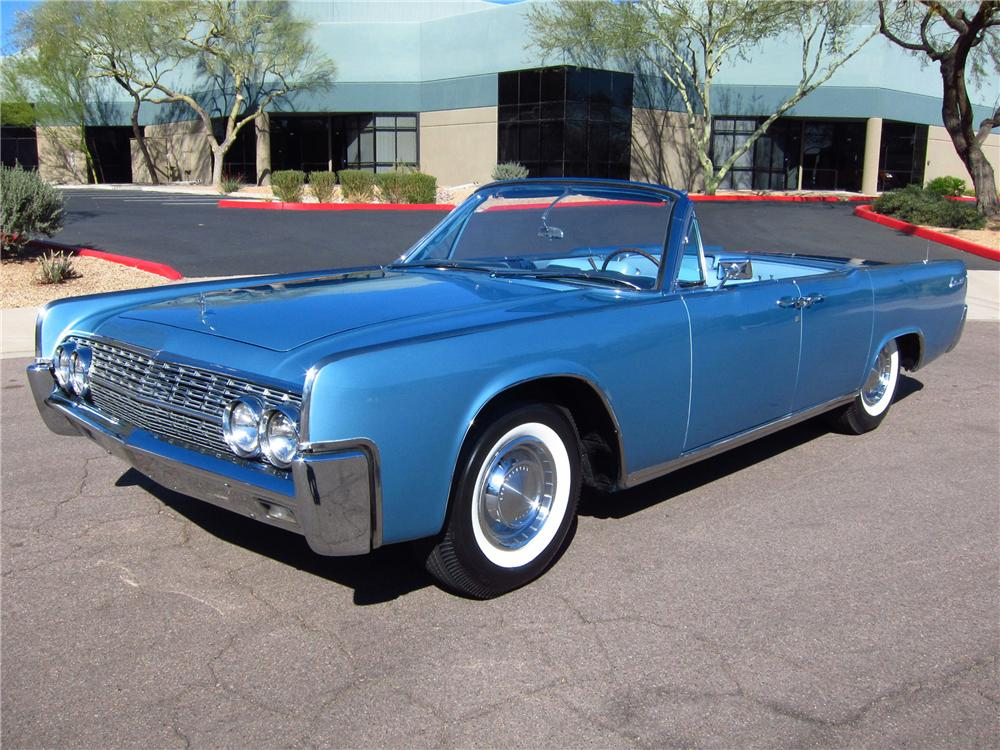 1962 LINCOLN CONTINENTAL 4 DOOR CONVERTIBLE - Front 3/4 - 125316