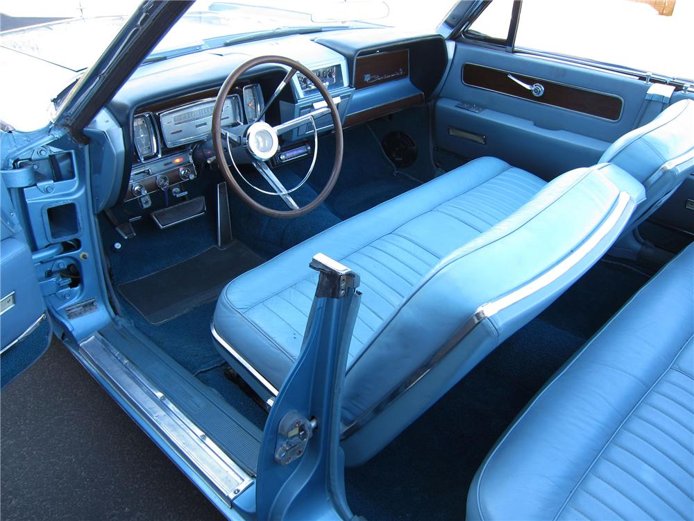 1962 LINCOLN CONTINENTAL 4 DOOR CONVERTIBLE - Interior - 125316