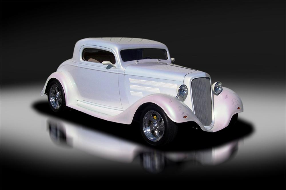 1935 CHEVROLET CUSTOM 2 DOOR COUPE - Front 3/4 - 125317