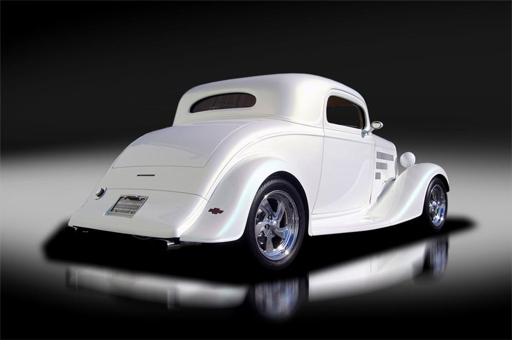1935 CHEVROLET CUSTOM 2 DOOR COUPE - Rear 3/4 - 125317