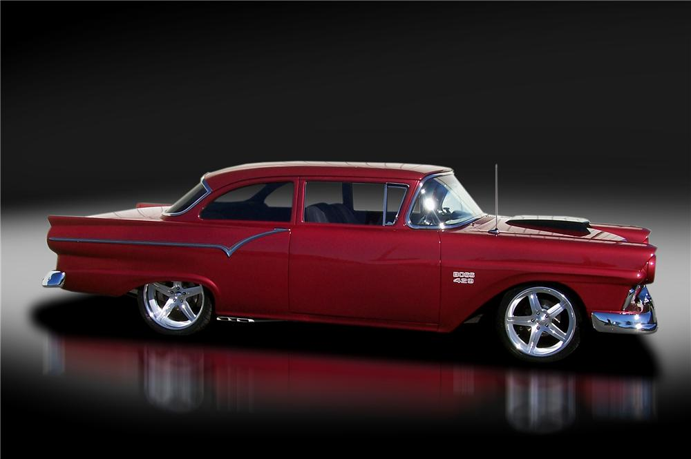 1957 FORD BUSINESS CUSTOM COUPE - Side Profile - 125324