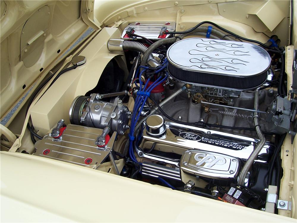 1957 FORD SKYLINER CUSTOM RETRACTABLE HARDTOP - Engine - 125325
