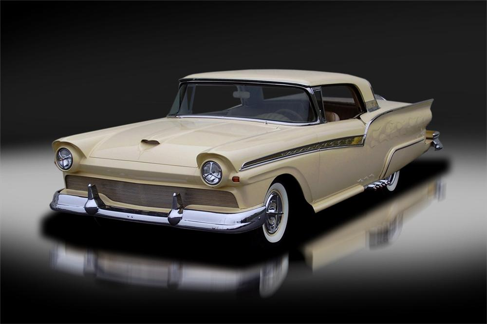 1957 FORD SKYLINER CUSTOM RETRACTABLE HARDTOP - Side Profile - 125325