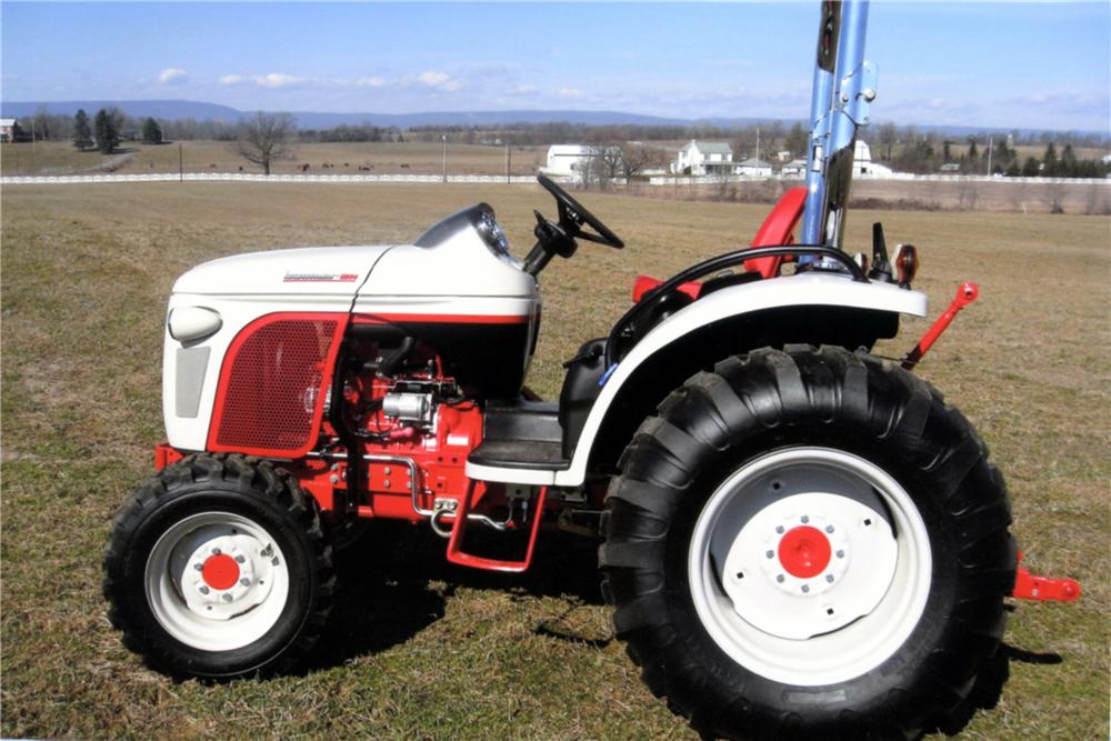 2009 NEW HOLLAND BOOMER 8N TRACTOR - Side Profile - 125330